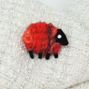 poppy-red|sheep|brooch|front
