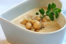 Toskanische Bohnensuppe mit Thymian II © Liz Collet