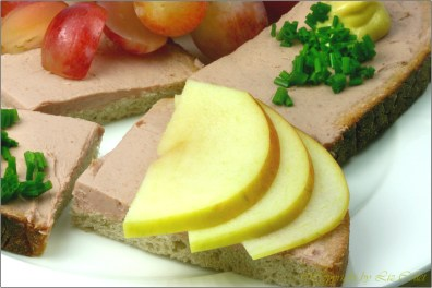Leberwurstbrot mit Senf und Apfel © Liz Collet