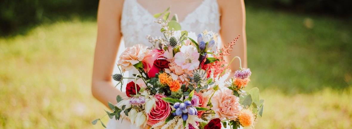 Vibrant bouquet by LizFlorals