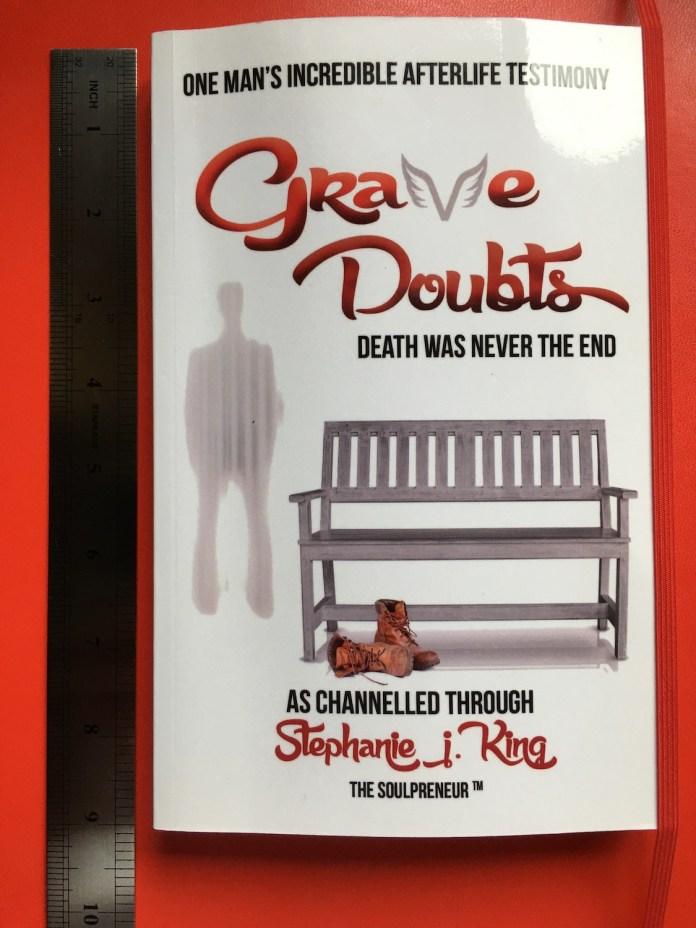 Grave Doubts: Stephanie J King: LizianEvents Ltd