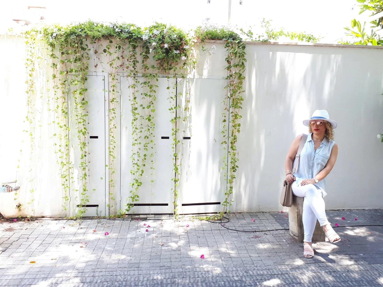 Travel Style In Tel Aviv by LA Blogger