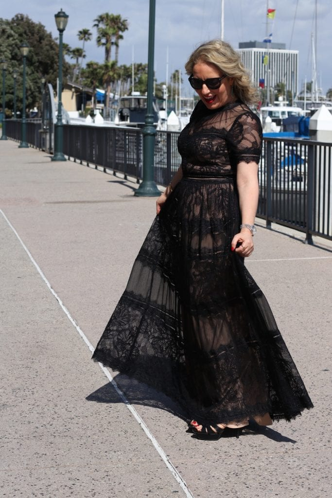 What To Wear To A Black-Tie Wedding  by Liz in Los Angeles, Los Angeles Lifestyle Blogger | What to Wear to a Black Tie Wedding by popular Los Angeles fashion blog, Liz in Los Angeles: image of a woman wearing a black lace Tadashi Shoji dress.
