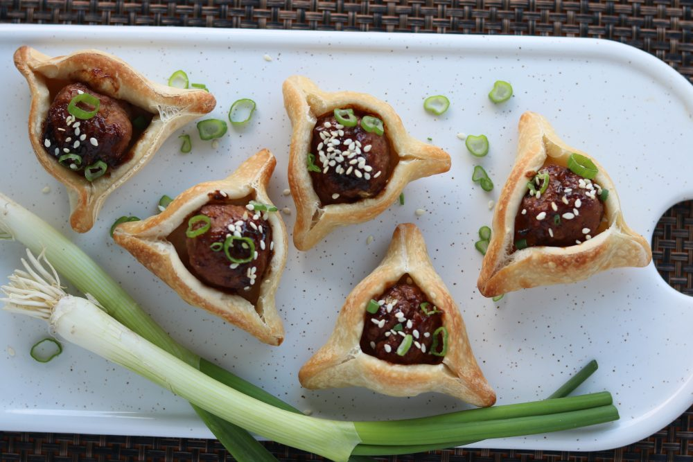 Fun Purim Cookie Recipes by a blog post by Liz in Los Angeles, Los Angeles Lifestyle Blogger: an image of Purim Cookies / Hamantaschen