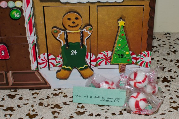 Detail with Scripture Message for Advent Calendar