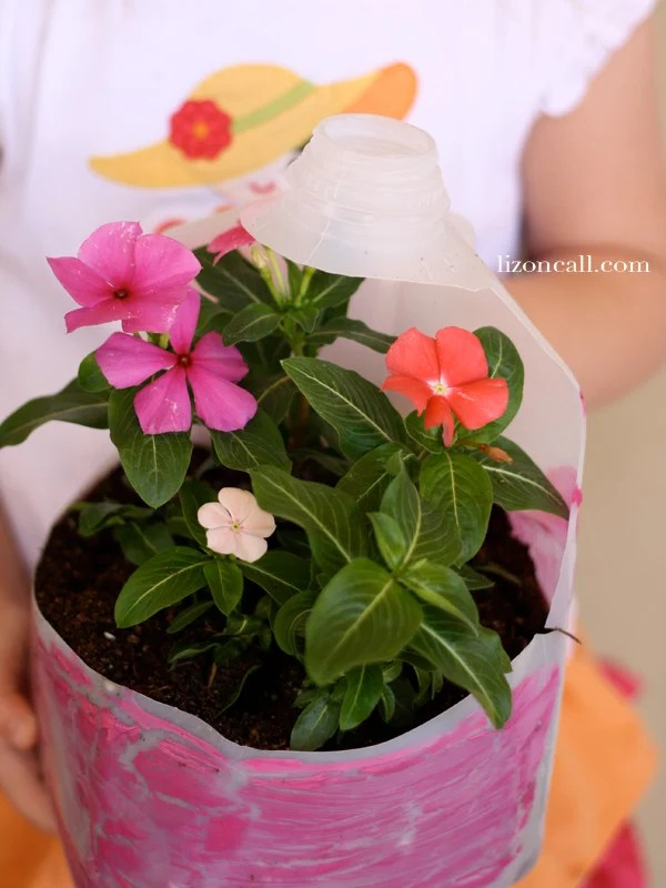 #recycle plastic containers for planters #spring #kidcraft