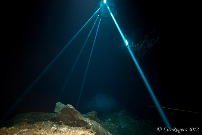 Beams of light in the Shaft
