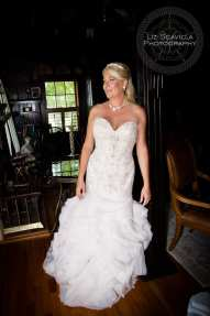 Bride Leaning