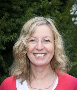 Photo of Dr Liz Trubshaw.