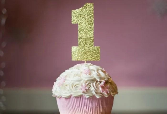 1st Birthday Cake Smash Liz Wade Photography Photo Booth