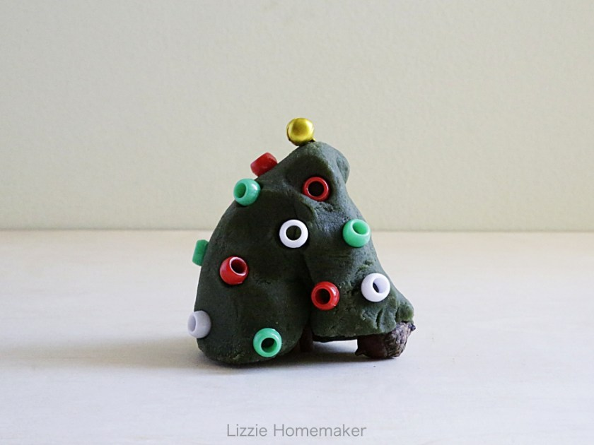 Lizzie Homemaker cedarwood scented playdough with Christmas tree inspired loose parts