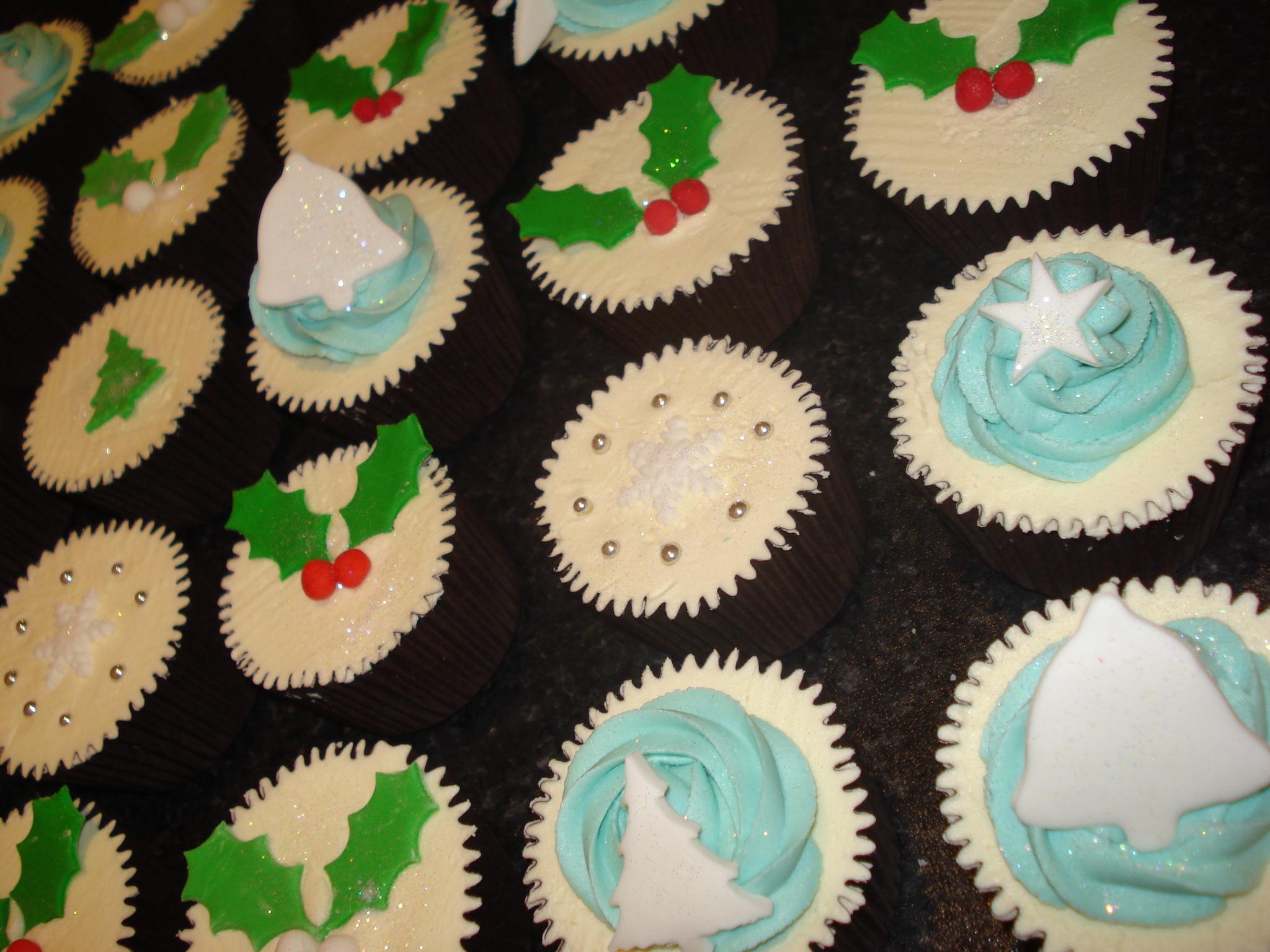 Bells, trees, holly, snowflake cupcakes