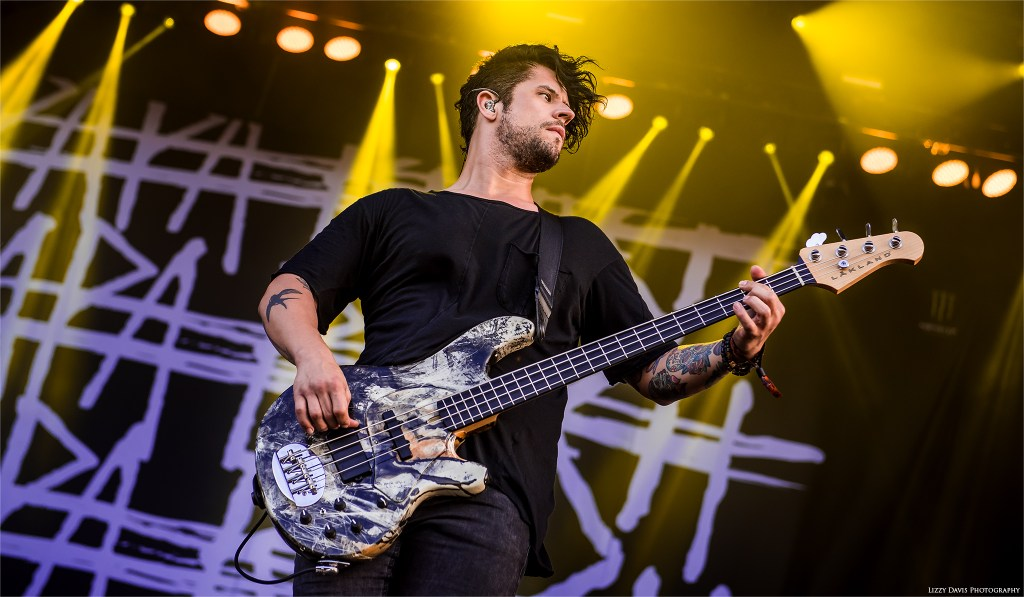 Papa Roach bassist Tobin Esperance at Welcome to Rockville. ©Lizzy Davis Photography