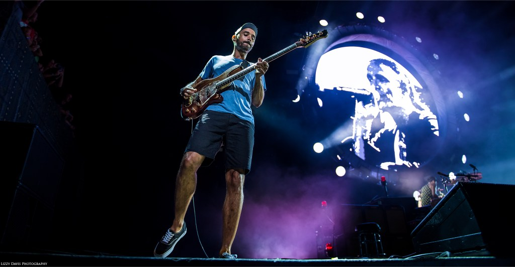 Ben Kenney, bassist of Incubus live in Tampa. Photos by ©Lizzy Davis Photography.