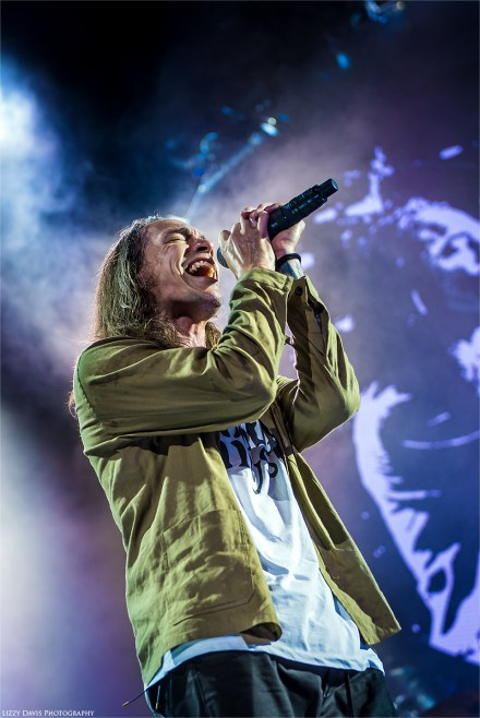 Incubus live photos by ©Lizzy Davis Photography.
