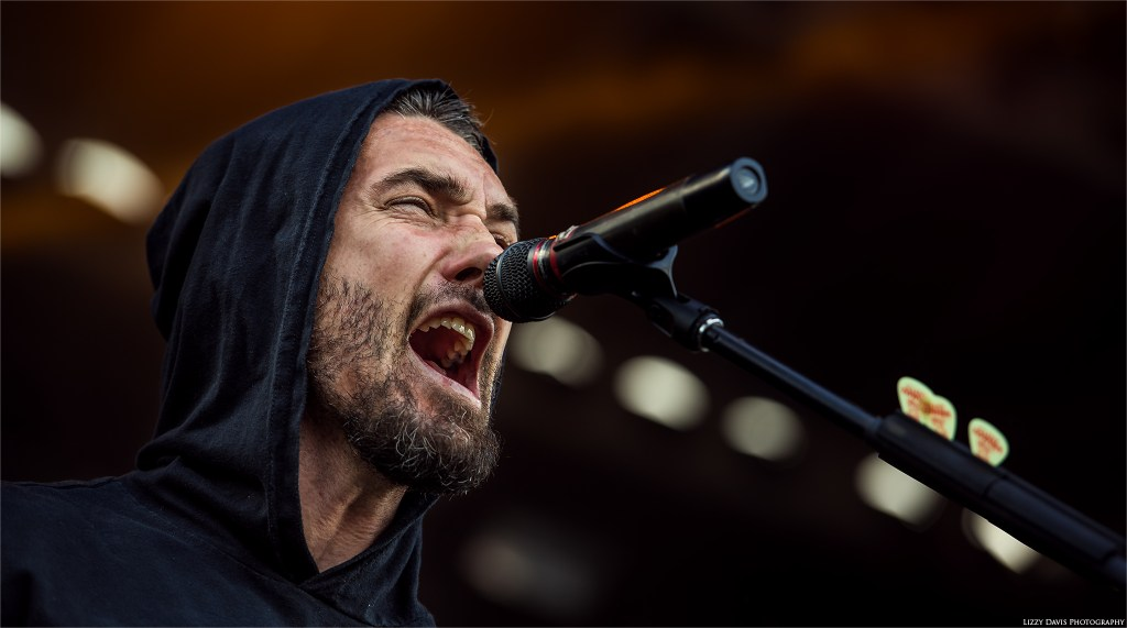 Clint Lowery screams during Sevendust's set at Welcome to Rockville 2016. ©Lizzy Davis Photography