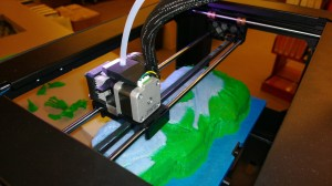 3D Printer at work (image courtesy of UO Science Library)