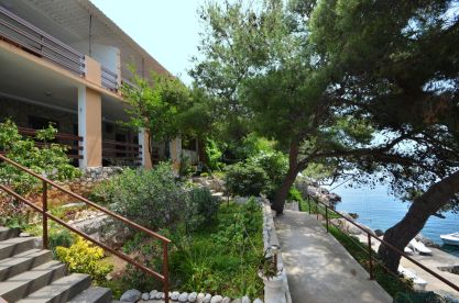 korcula-prizba-apartments-ljiljana-house-06-2016-pic-03
