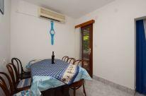 ljiljana-blue-apartmet-kitchen-06-2016-pic-01