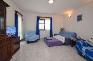 ljiljana-blue-apartmet-livingroom-06-2016-pic-04