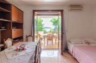 ljiljana-rose-apartment-kitchen-09-2019-pic-01
