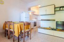 ljiljana-white-apartment-livingroom-06-2018-03