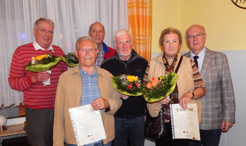 Die für 50jährige Mitgliedschaft geehrten Kegler v.l. Hans-Walter Witthöft, Heinz Grigoleit, Fritz Sarnes, Henning Rößner, Christa Ehlebe und der 1.Vorsitzende Wilhelm Kiehn.