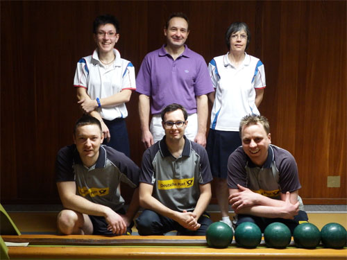 Kreismeister Doppel 2014 h. v. l. Claudia Bartels, Ralf Wozniak (Einzel Herren A), Marie-Luise Stiefeling, v. v. l. Marcel Dubbe, Michael Duda, Nico Zotzmann