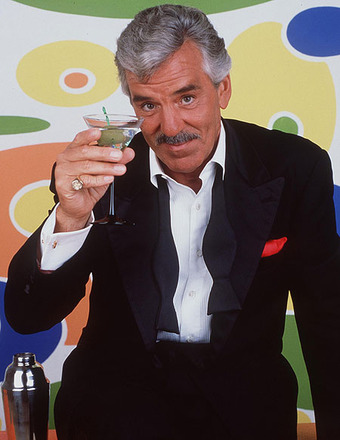 'Law & Order' Actor Dennis Farina Dead at 69