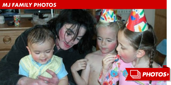 0405_mj_family_footer