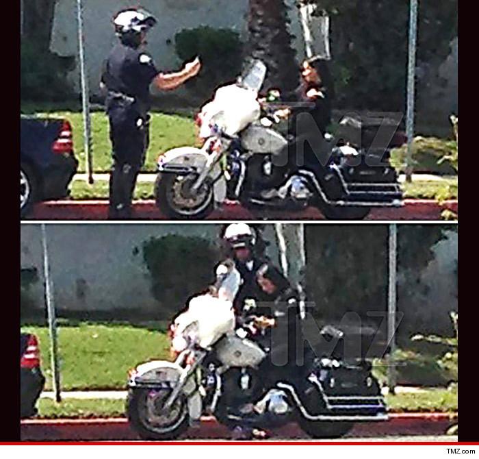 0328-cops-bike-selfie-13