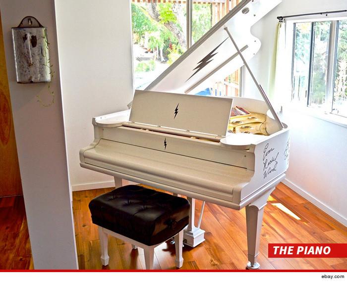 0625-sub-ruby-rose-piano-ebay-01