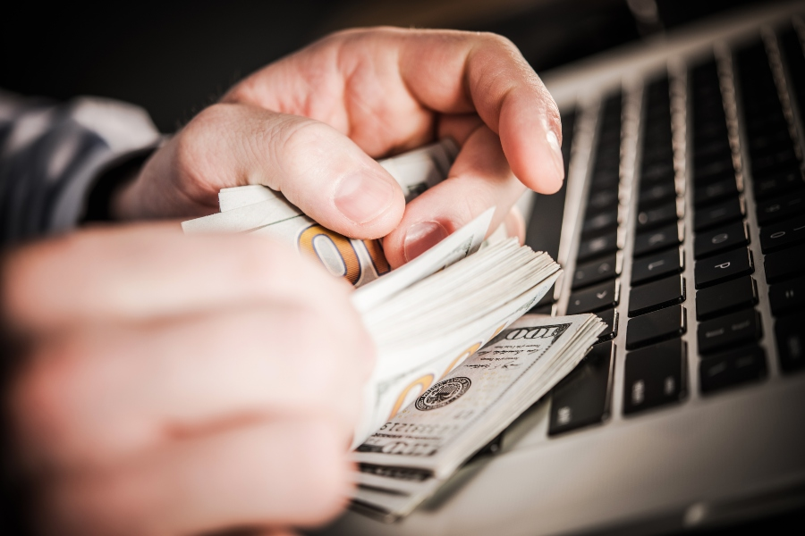 fraude dinero legal llave