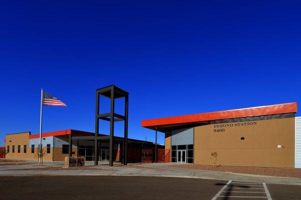 Esmond Station Middle School K-8 - Lloyd Construction