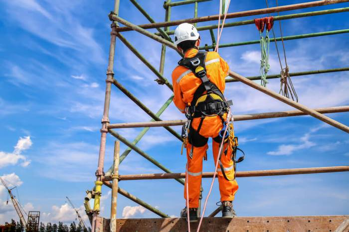 Working at height online training course