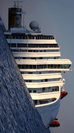 Costa Concordia tilted