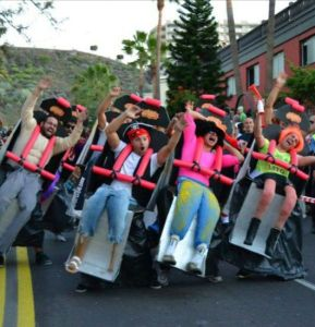 Group-Halloween-Costumes roller coaster