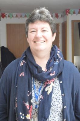 Mrs Sian-Elin Davies