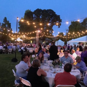 IPNC 2019 Friday Grand Dinner at Linfield College features pinot noir and bubbles from around the world. ©LM Archer