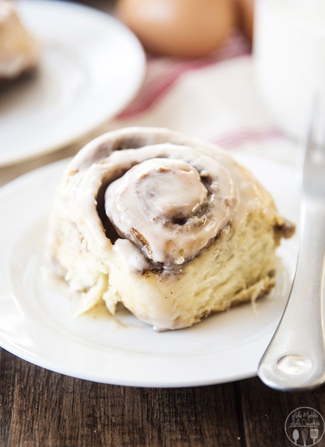The Best Cinnamon Rolls - These cinnamon rolls are a perfect soft and tender roll full of cinnamon sugar and topped with the best vanilla icing. They're easy and delicious and everyone loves them!