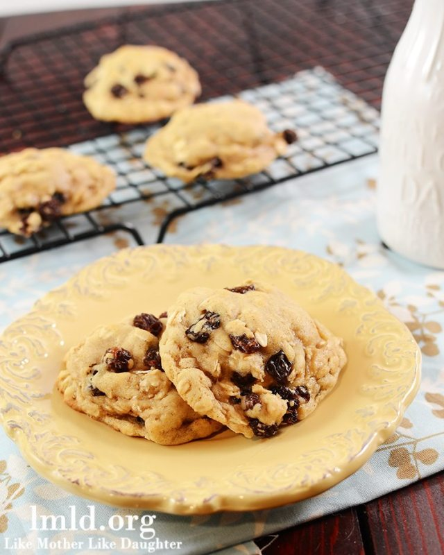 Oatmeal Raisin Cookies for Two