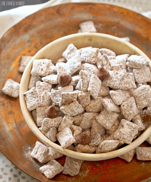 salted-caramel-puppy-chow-4