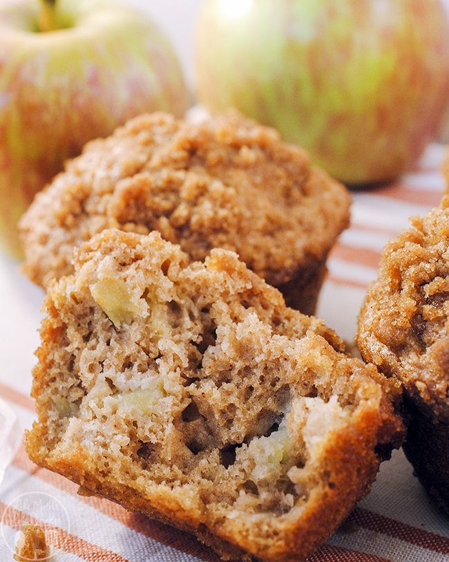 Apple Crumb Muffins - An apple crumb muffin that is loaded with fresh apples and applesauce topped with a cinnamon brown sugar streusel