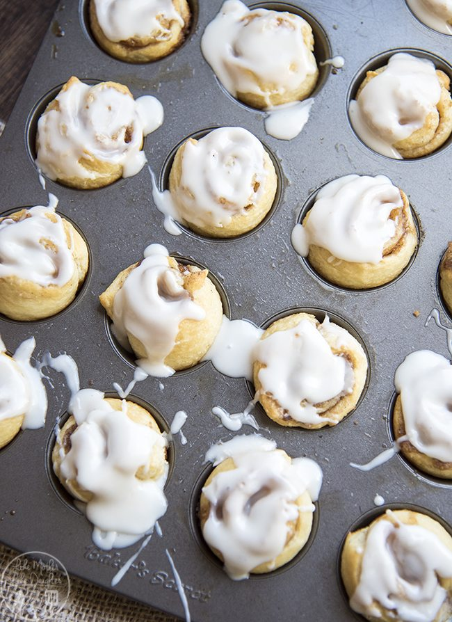 mini cinnamon rolls 9