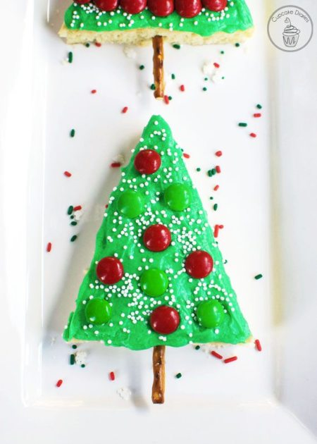 Christmas-Tree-Sugar-Cookie-Bars