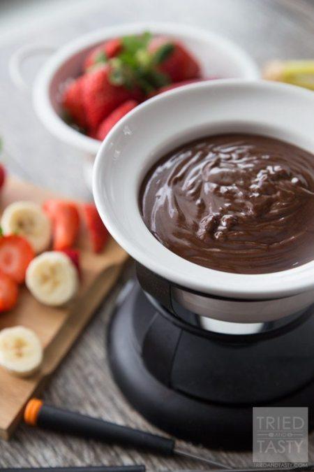 three-ingredient-peanut-butter-fondue-01