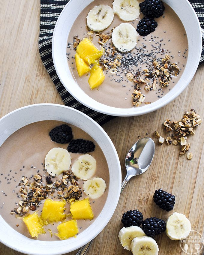 chunky monkey smoothie bowl 3