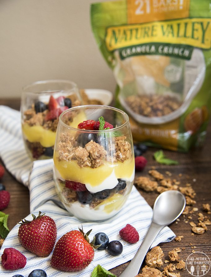 Lemon Curd and Berry Parfaits - These lemon curd and berry parfaits are perfect for a delicious and refreshing breakfast, or light snack! With layers of yogurt, lemon curd, fresh berries and granola.