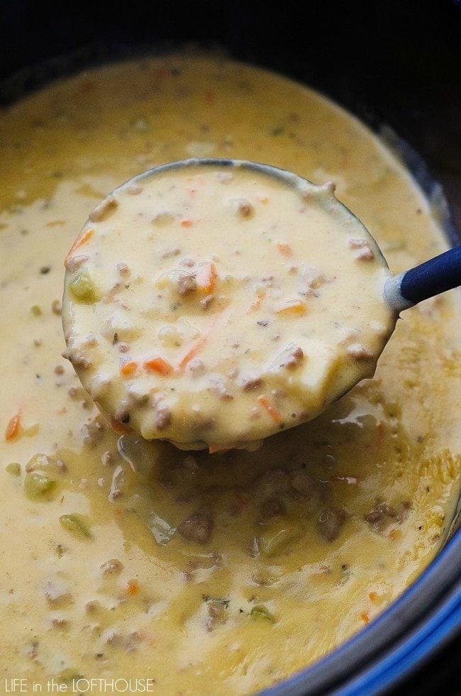 crockpot_cheeseburger_soup6-e1446056756330