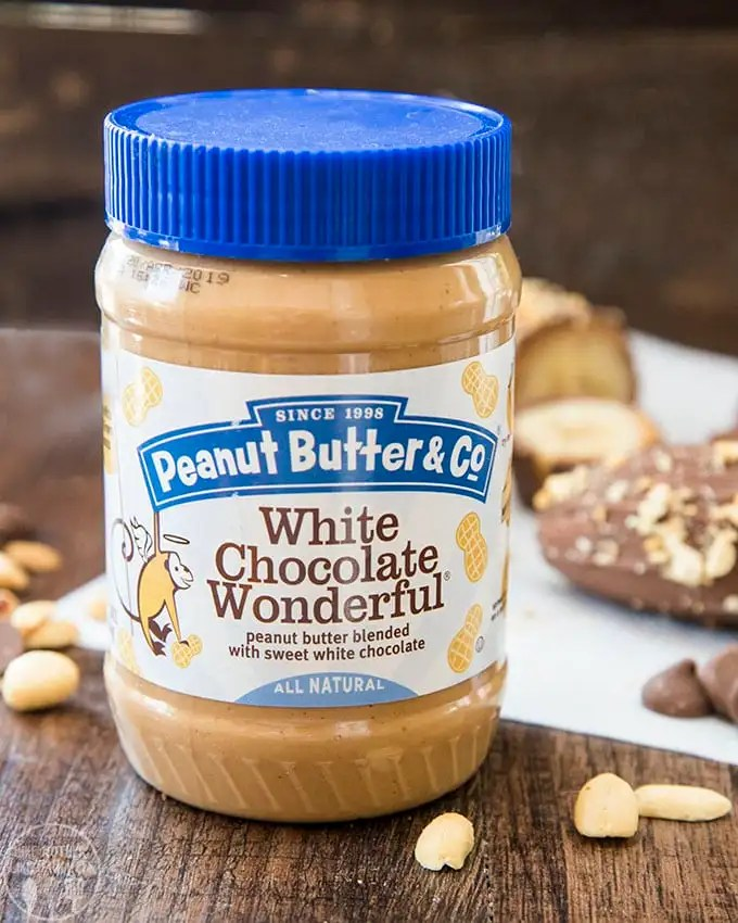 Chocolate covered peanut butter frozen bananas are the perfect healthier frozen treat. Such a perfect flavor combination with bananas, peanut butter and chocolate!